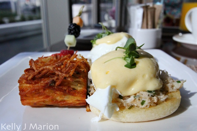 Dungeness Crab Eggs Benny