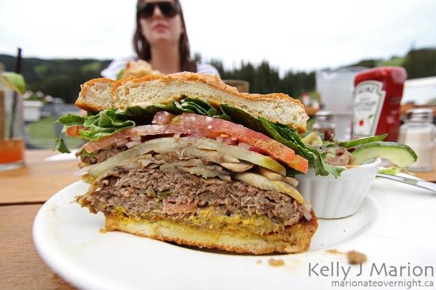 Bottoms Bar & Grill - Jalapeno Cheddar Burger