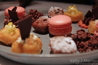 Champagne Wishes Dinner, Petits fours